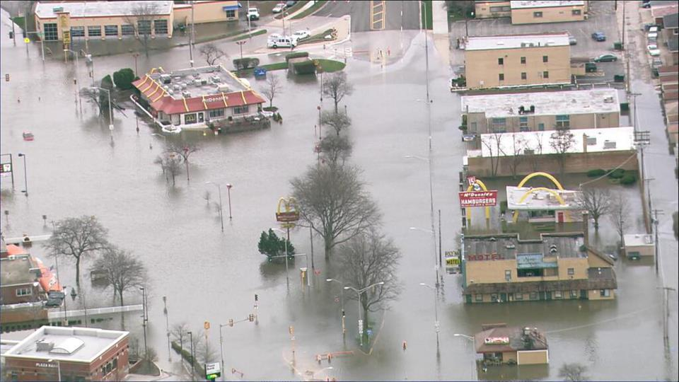 Il Des Plaines River Flooding Pictures To Pin On Pinterest